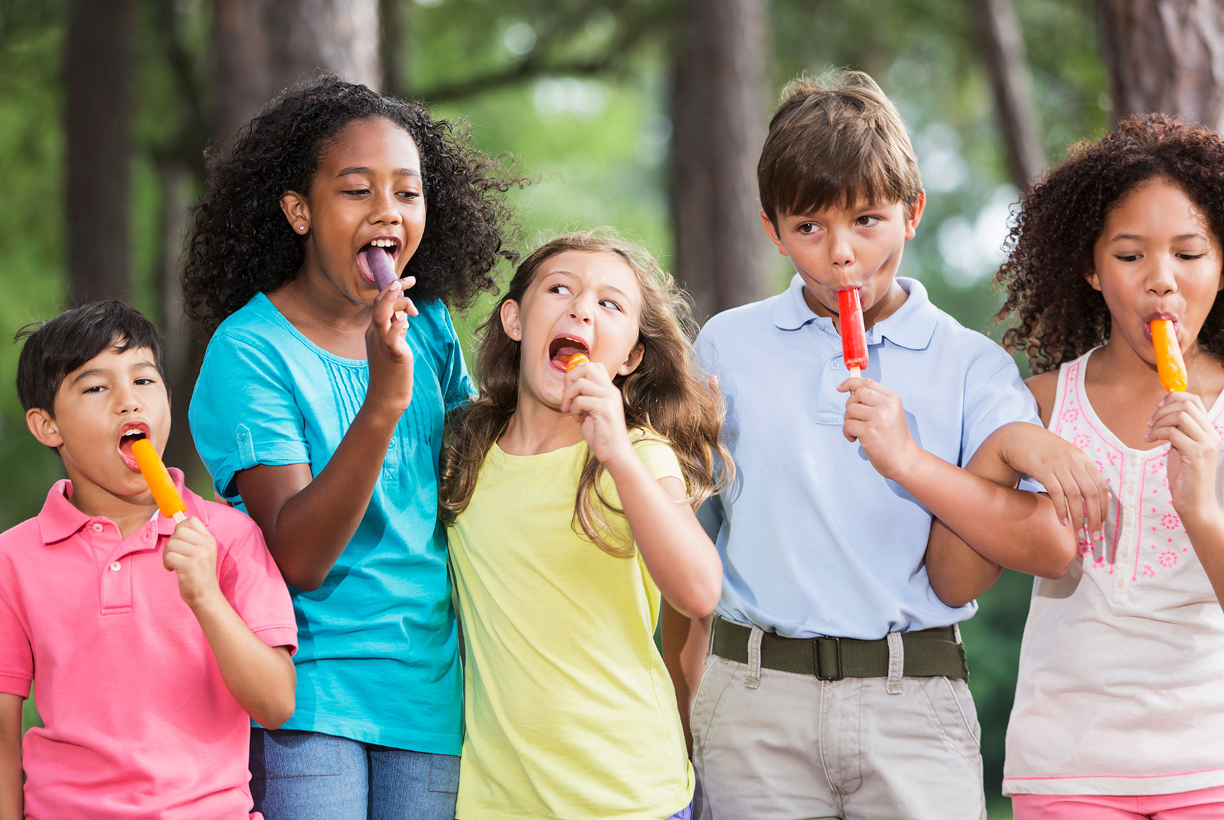 kids with Popsicle